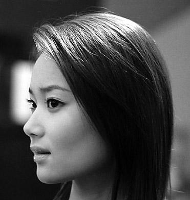 Photoshop:给美女化彩妆-数码资源网鼻子抠美女图片