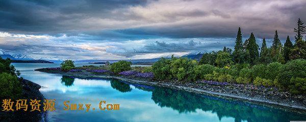 Lake Tekapo是是麦肯奇盆地北部自北向南流向的第二大湖泊,这里的风景宜人,请见特卡波湖自然美丽风景高清图片,蓝天云彩的映衬下,青翠的树木和宁静的湖泊组成的自然美景的一部分,水天交映,一片幽静,详细见JPG缩略图所示,欢迎下载收藏!