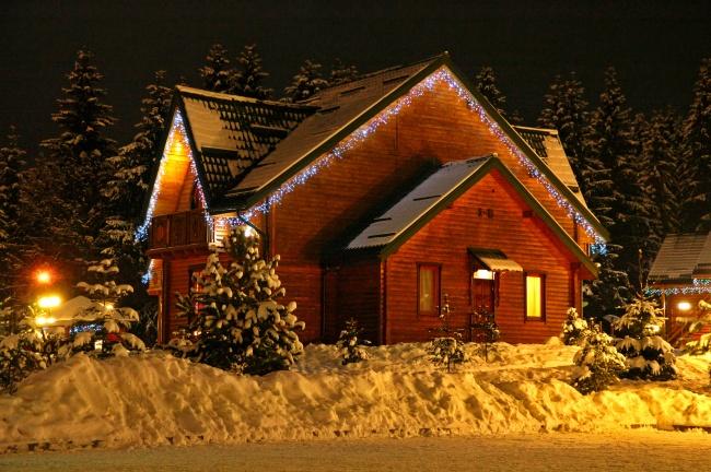 2015年平安夜夜晚房子高清图片