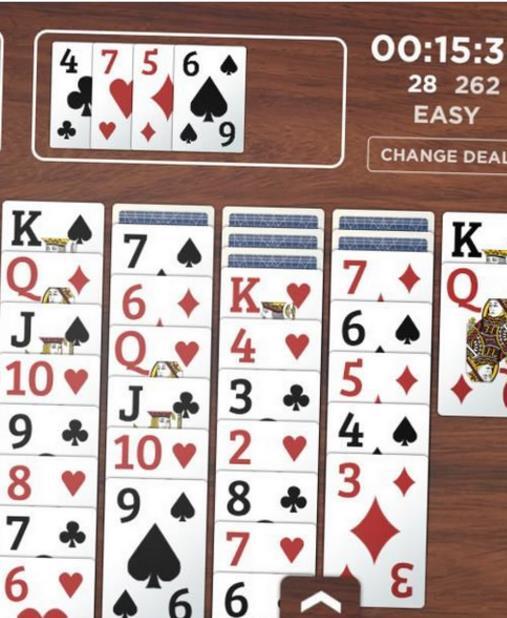 丘吉尔扑克牌手机版游戏特色